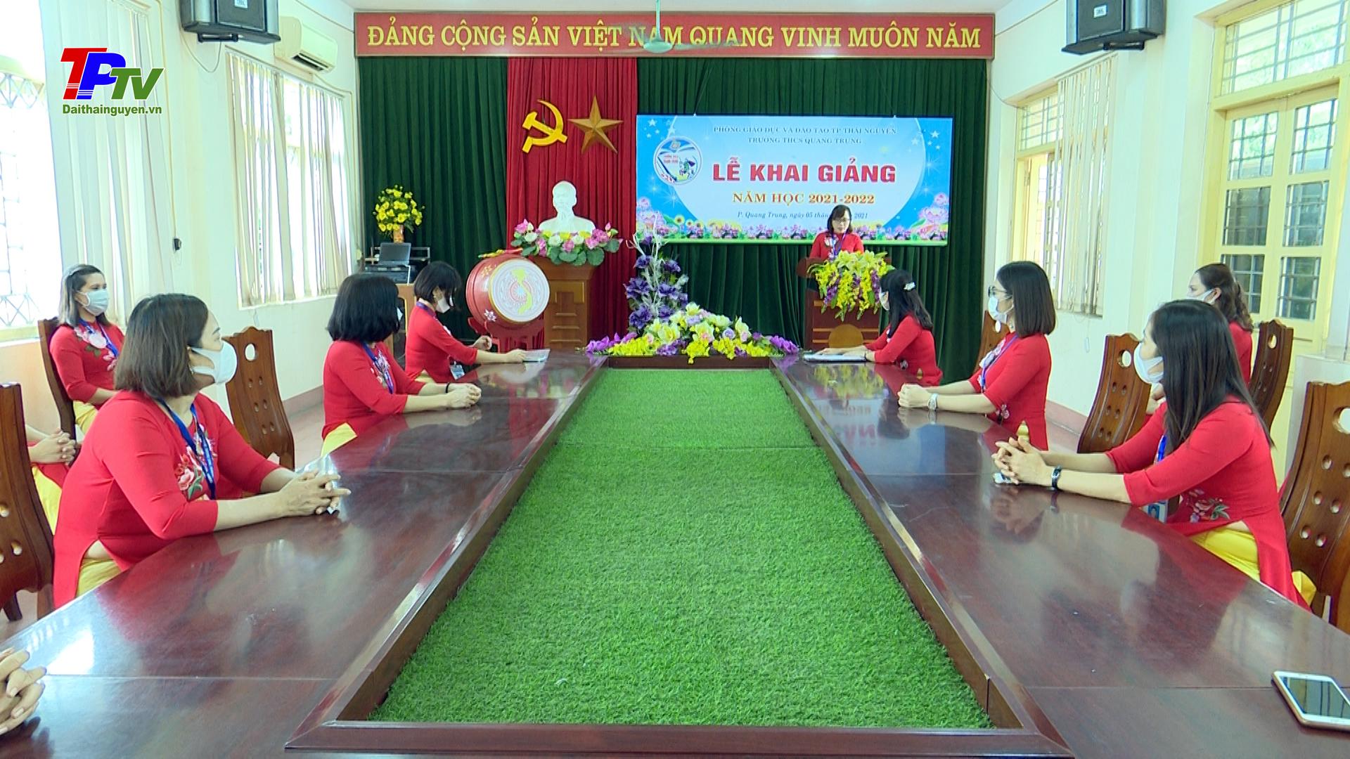 Thành phố Thái Nguyên: Các trường học tổ chức Lễ khai giảng năm học mới theo đúng kế hoạch.