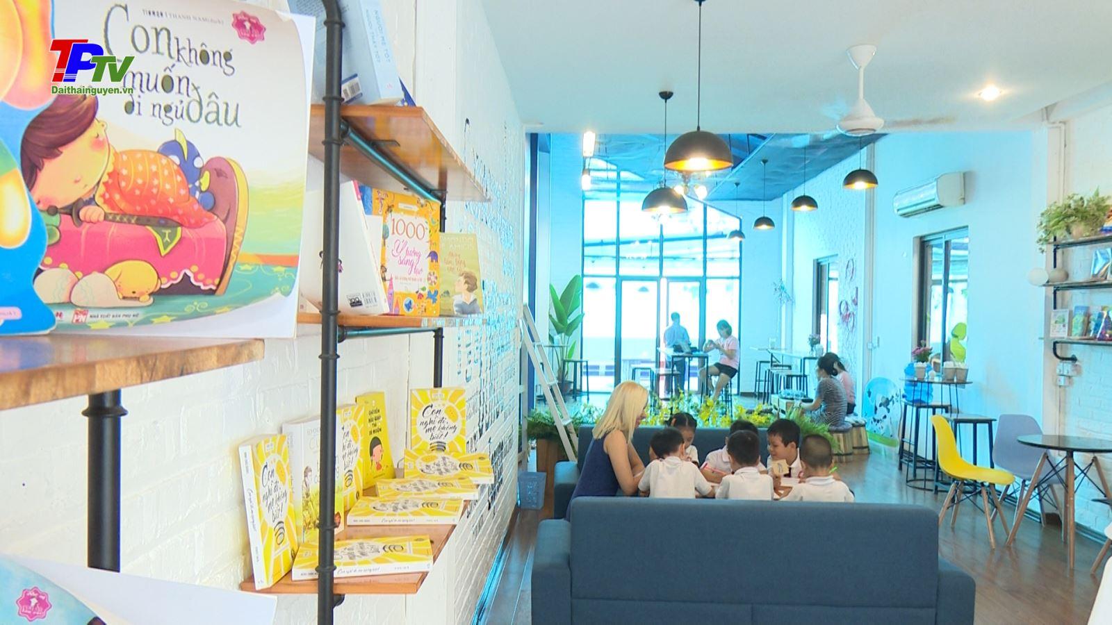 Hoa cafe - Không gian xanh giữa lòng thành phố.